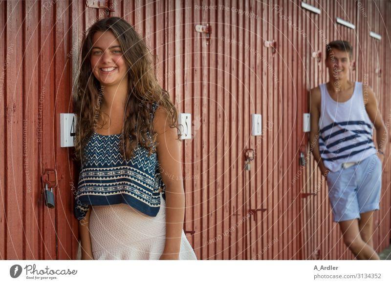 junge Frau und ein junger Mann haben Spaß Lifestyle Freude schön Gesundheit Ferien & Urlaub & Reisen Mensch maskulin feminin Junge Frau Jugendliche Junger Mann