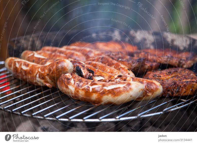 es geht immer um die wurst. Lebensmittel Fleisch Wurstwaren Ernährung Picknick Essen Grill verschwenden genießen Qualität Bratwurst Thüringen Spezialitäten