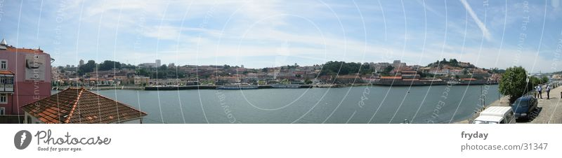 Porto II Wasserfahrzeug groß Europa Hafen Portugal Panorama (Bildformat)
