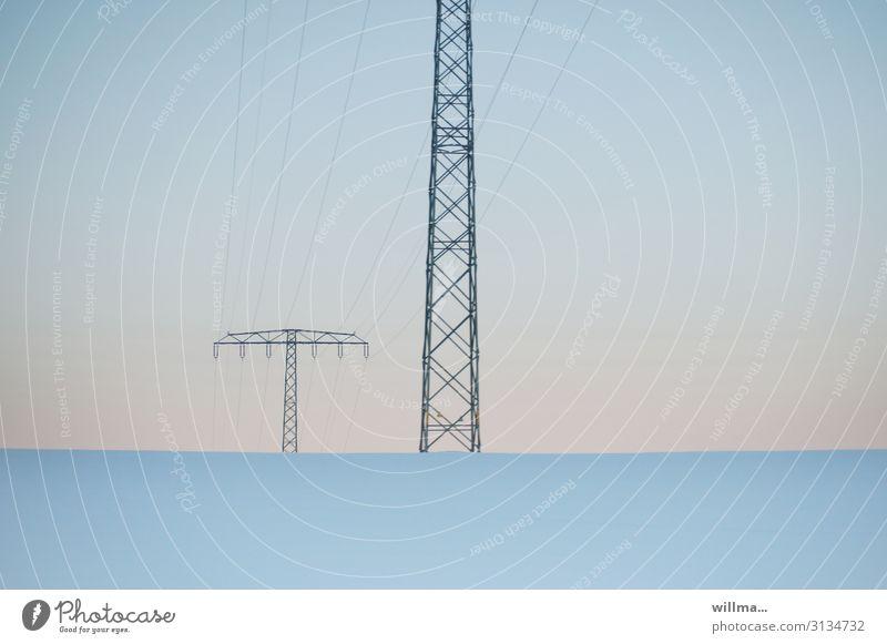 Im spannungsreichen Spannungsreich Technik & Technologie Informationstechnologie Energiewirtschaft Strommast Hochspannungsleitung Stahlfachwerkmast
