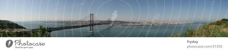 Lissabon II Panorama (Aussicht) Weitwinkel Portugal Europa Brücke Hafen groß Panorama (Bildformat)
