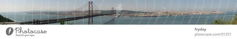 Lissabon Panorama (Aussicht) Weitwinkel Portugal Stadt Europa Brücke Hafen groß Panorama (Bildformat)