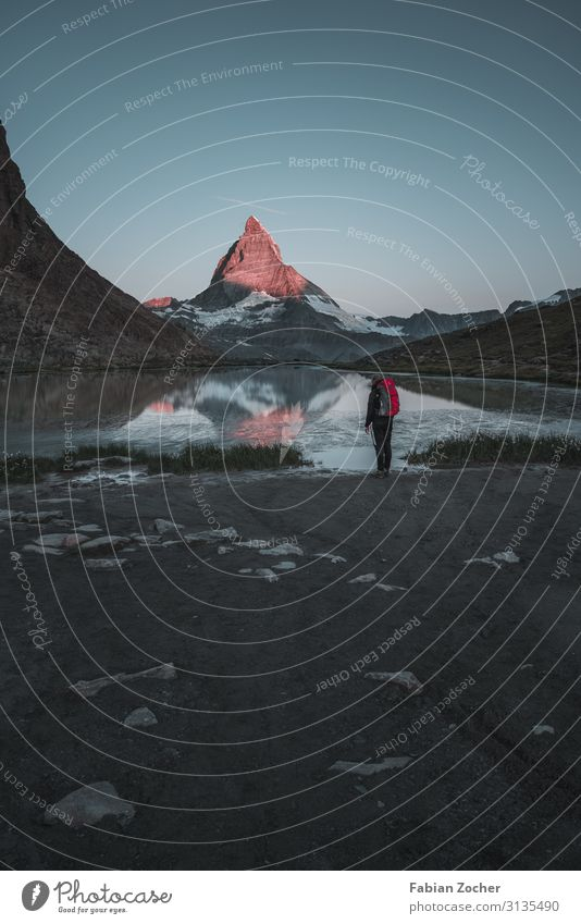 Sonnenaufgang am roten Matterhorn Berge u. Gebirge wandern Natur Landschaft Erde Wasser Wolkenloser Himmel Sonnenuntergang Sommer Gipfel See Riffelsee