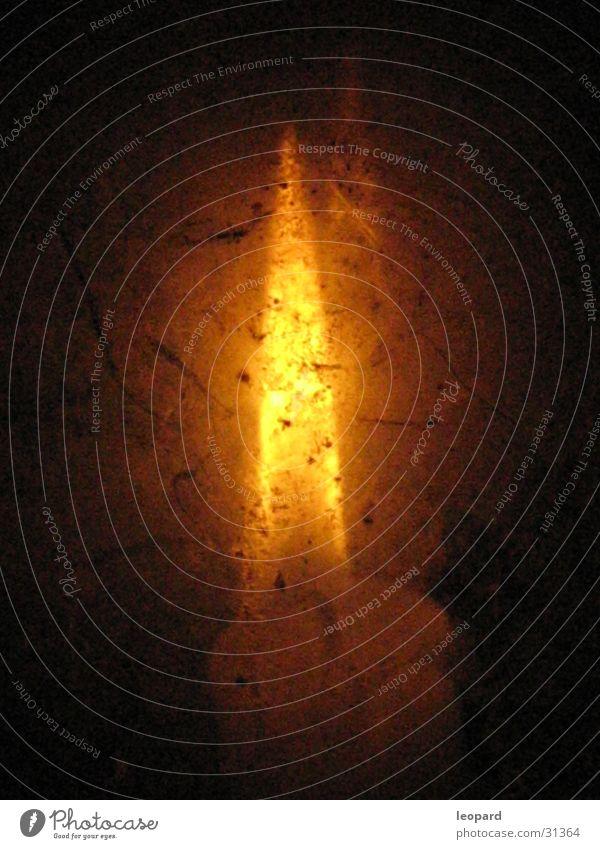 Kerzenschein 02 dunkel erleuchten brennen Makroaufnahme Nahaufnahme Flamme Mittelalter Wärme Lampion