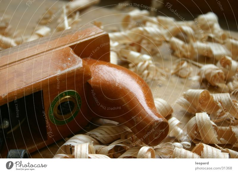 Hobel mit Späne Holz Tischler Handwerk Zimmern Arbeit & Erwerbstätigkeit