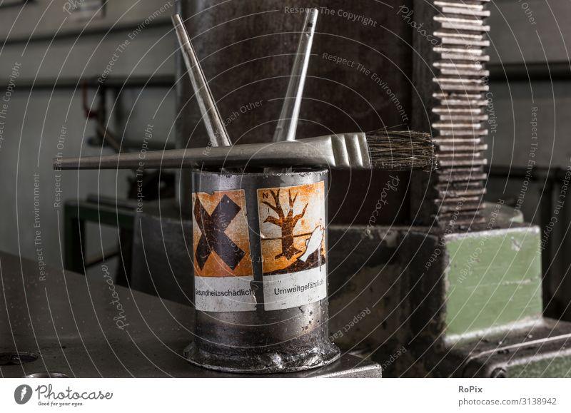Umweltgefährlich Gesundheit Freizeit & Hobby Arbeit & Erwerbstätigkeit Beruf Handwerker Arbeitsplatz Fabrik Wirtschaft Industrie Werkzeug Maschine Bohrmaschine