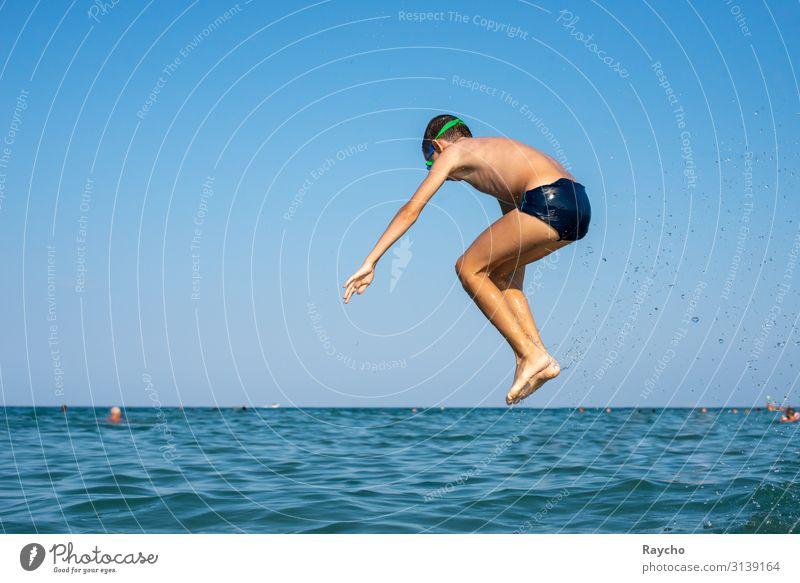 Luftgestützt Schwimmen & Baden Sommer Sommerurlaub Mensch maskulin Kind Junge Jugendliche Körper Haut Hand Beine 1 8-13 Jahre Kindheit Wasser Wassertropfen