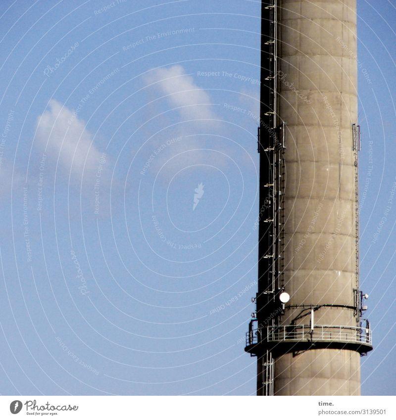 Himmelfahrtskommando (VI) Stadt Wolken Architektur Wand Gebäude Zeit Mauer Arbeit & Erwerbstätigkeit Kommunizieren Energiewirtschaft Technik & Technologie