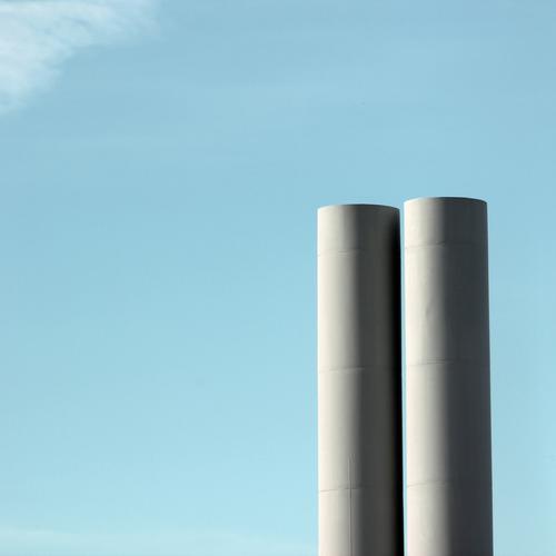 Himmelfahrtskommando (III) Arbeit & Erwerbstätigkeit Arbeitsplatz Fabrik Industrie Technik & Technologie Wolken Schönes Wetter Turm Bauwerk Gebäude Architektur