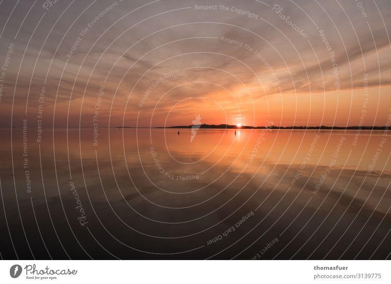 knallroter Sonnenuntergang an der Ostsee mit Spiegelung Ferien & Urlaub & Reisen Tourismus Ausflug Ferne Freiheit Sommer Sommerurlaub Strand Meer Insel Wellen