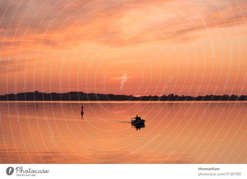 Sonnenuntergang mit Boot Angeln Ferien & Urlaub & Reisen Sommer Meer Fischer Fischerboot Mensch maskulin Mann Erwachsene 1 Wasser Himmel Horizont Schönes Wetter