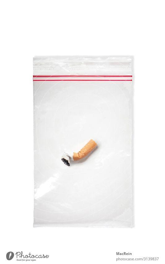 Zigarette mit DNA Spuren Verpackung weiß Laster Gesellschaft (Soziologie) Sucht Zigarettenstummel Beweis Beweissicherung spurenlesen Hintergrundbild