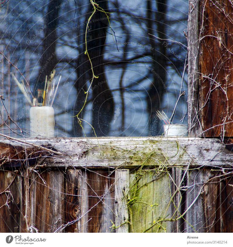 Utensilien für | Geschriebenes alt blau weiß Baum Haus Fenster schwarz Garten braun Idylle Kreativität einfach schreiben Dorf zeichnen Hütte