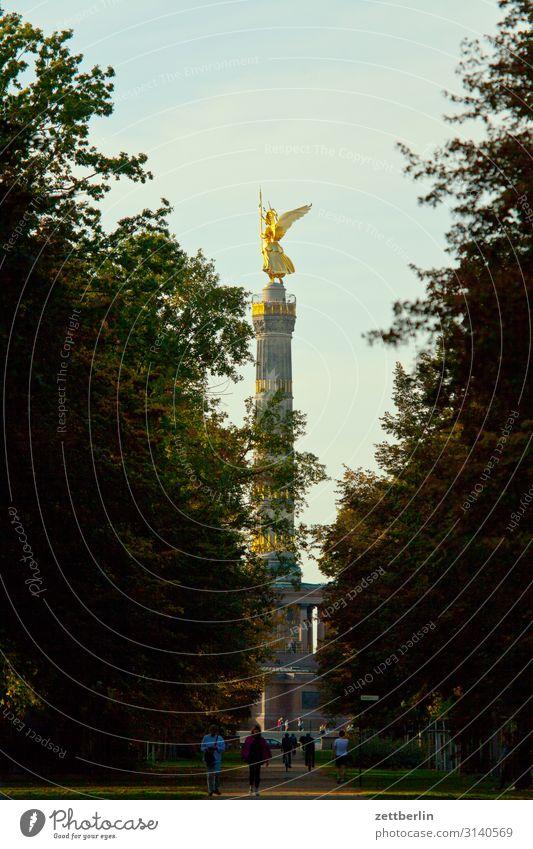Siegessäule again Denkmal else Goldelse viktoria großer stern Tiergarten Berlin-Mitte Deutschland Verkehr Figur gold Dämmerung Abend Feierabend Hauptstadt Park