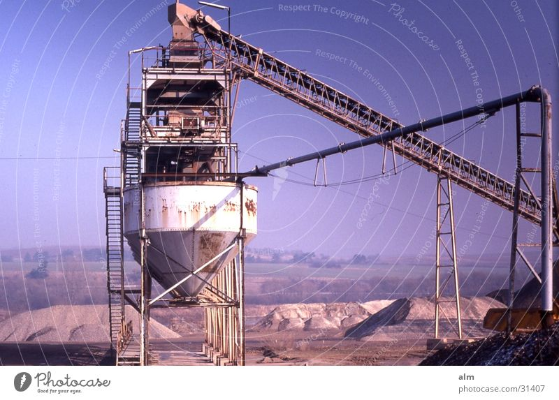 Kiesgrube Industrie Blauer Himmel Förderband