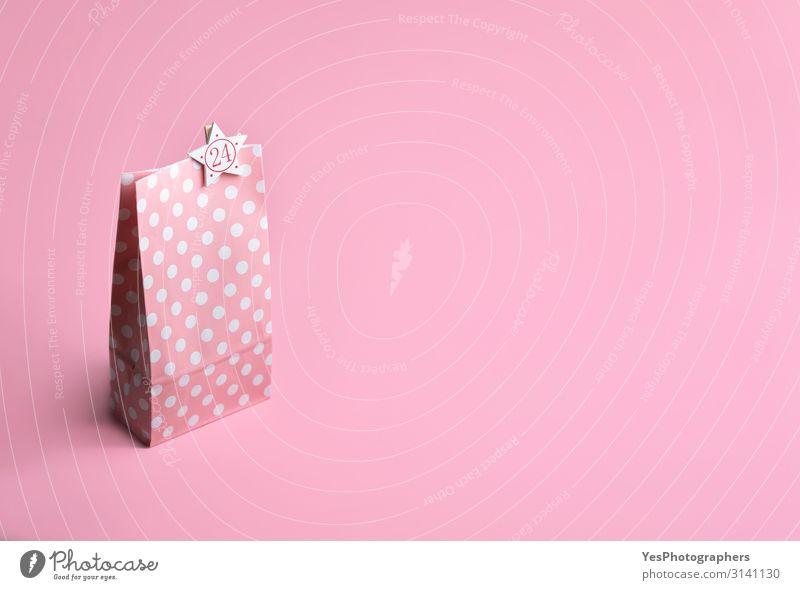 Rosa Geschenktasche mit 24er Nummer. Weihnachts-Adventskalender. Schenken Freude Glück Handarbeit Winter Feste & Feiern Weihnachten & Advent