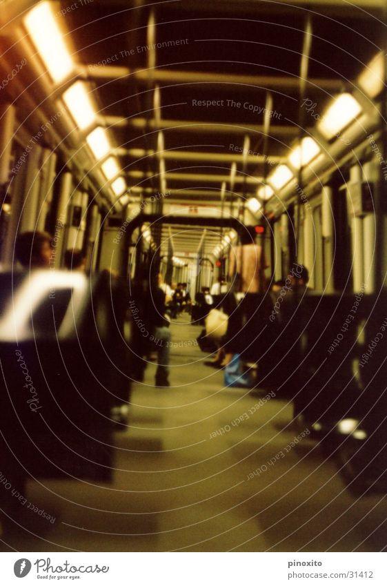Metro Barcelona Ferien & Urlaub & Reisen Mensch London Underground Europa wagon U-Bahn