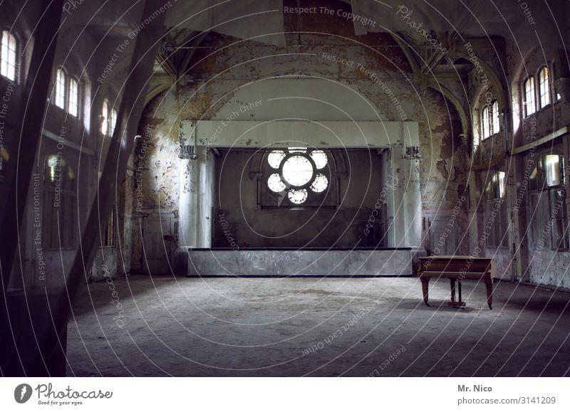 Ballsaal alt Architektur Feste & Feiern Freizeit & Hobby Dekoration & Verzierung Raum Musik Kultur Vergangenheit Hochzeit Show Verfall Theater Konzert Bühne