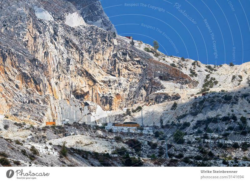 Carrara 2 Ferien & Urlaub & Reisen Tourismus Ausflug Abenteuer Natur Landschaft Frühling Sommer Schönes Wetter Felsen Alpen Berge u. Gebirge Apuanische Alpen