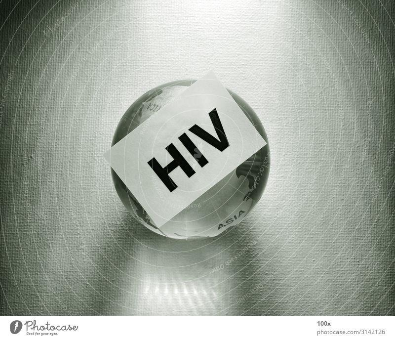 HIV-Tag mit Globe Gesundheitswesen Behandlung Krankheit Medikament Wissenschaften Labor Prüfung & Examen Krankenhaus Technik & Technologie Mensch Tube Sex blau