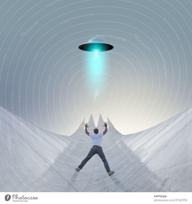 contact Mensch Himmel Mann Erwachsene maskulin Körper Luftverkehr Zukunft Weltall Abheben Flugzeuglandung Fortschritt Begrüßung UFO Außerirdischer High-Tech