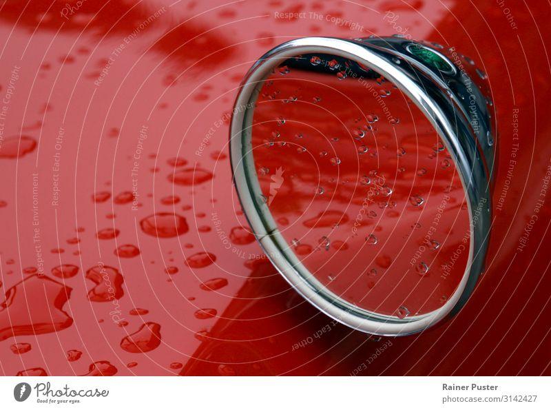 Classic Cards and Rain Wassertropfen schlechtes Wetter Regen PKW Oldtimer rot Gefühle Gelassenheit geduldig Klima Umwelt Rückspiegel Farbfoto Außenaufnahme