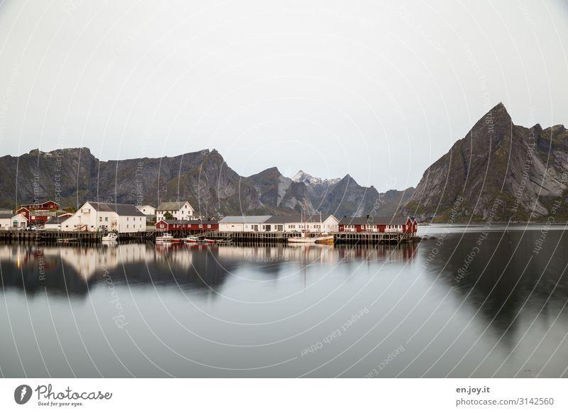 Morgenstimmung Ferien & Urlaub & Reisen Haus Erholung Berge u. Gebirge Umwelt Tourismus Felsen Ausflug Insel Abenteuer Hafen Hütte Skandinavien Norwegen Fjord