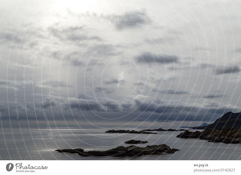 open Water Ferien & Urlaub & Reisen Ausflug Ferne Meer Insel Natur Landschaft Himmel Wolken Horizont Schönes Wetter Felsen Lofoten Norwegen Skandinavien Klima