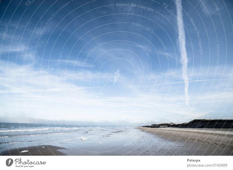 Nordstrand mit einfallenden Wellen Ferien & Urlaub & Reisen Sommer Strand Meer Insel Umwelt Natur Landschaft Sand Himmel Wolken Wetter Felsen Küste Fjord