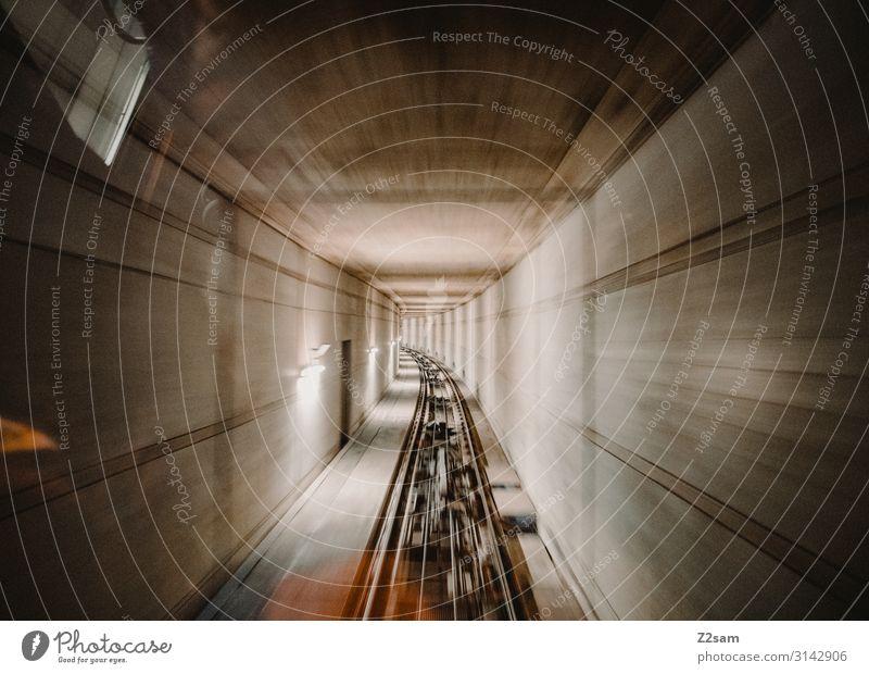 Tunnelblick Technik & Technologie Stadt U-Bahn Zahnradbahn Schienenverkehr Gondellift Verkehrsmittel Personenverkehr Personenzug Gleise Zugabteil Seilbahn