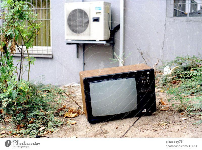 DumpedForGood Fernseher Fernsehen