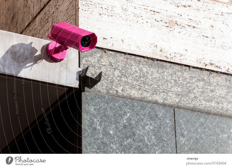Cam Videokamera Überwachungskamera Technik & Technologie Mauer Wand beobachten rosa Kontrolle Politik & Staat Sicherheit spionieren Farbfoto Außenaufnahme