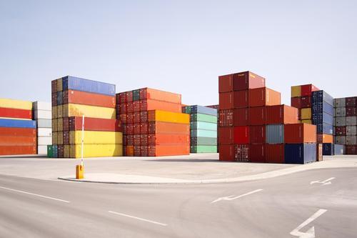 containerbahnhof Straße Güterverkehr & Logistik Verkehrswege Lager Container Ware liefern Knotenpunkt