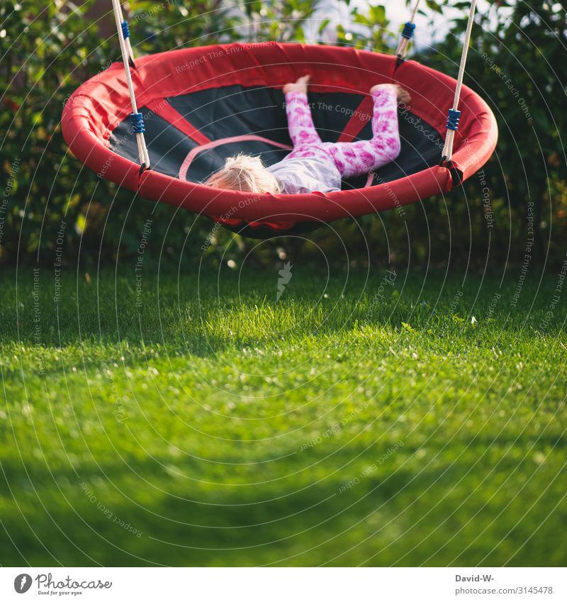 Spaß Lifestyle Freizeit & Hobby Spielen Ferien & Urlaub & Reisen Häusliches Leben Wohnung Haus Garten Mensch Kind Mädchen 1 1-3 Jahre Kleinkind Umwelt Natur