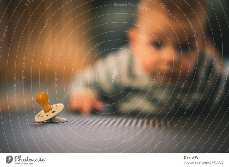 noch nicht entdeckt... Kind Mensch ruhig Gesicht Leben Junge klein Kunst maskulin liegen Kindheit Baby niedlich beobachten entdecken Boden