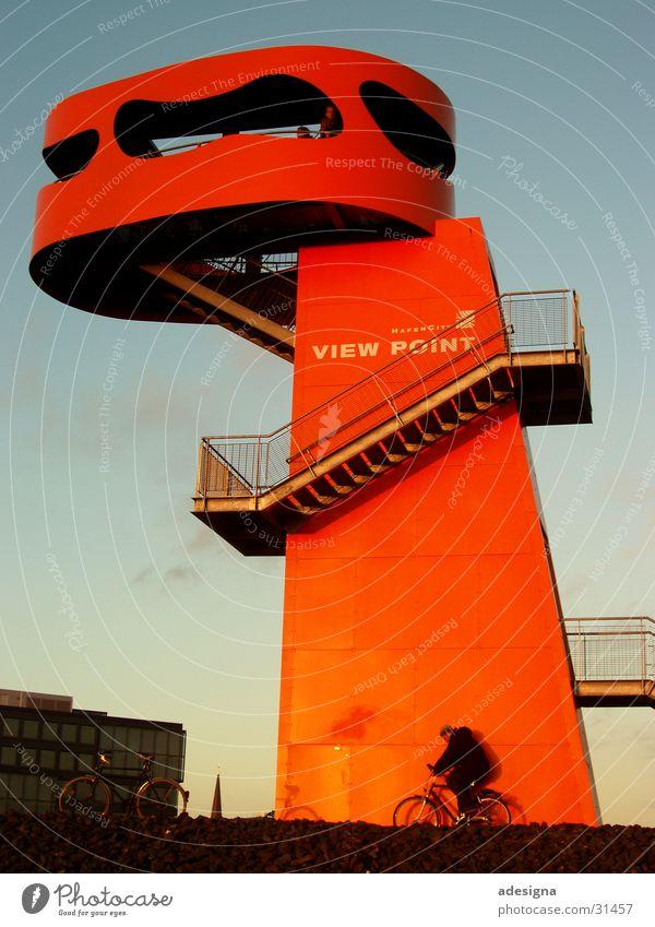 Viewpoint Fahrrad orange Architektur Hamburg Treppe Turm Hafencity Aussichtsturm