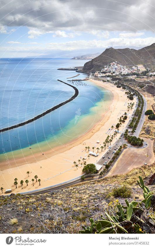 De Las Teresitas Strand in San Andres von oben, Teneriffa. schön Ferien & Urlaub & Reisen Tourismus Ausflug Sommer Sommerurlaub Sonnenbad Meer Insel