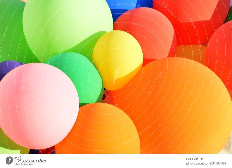 viele bunte Luftballons| Firlefanz Freude Glück Freiheit Sommer Sonne Dekoration & Verzierung Party Veranstaltung Feste & Feiern Karneval Silvester u. Neujahr
