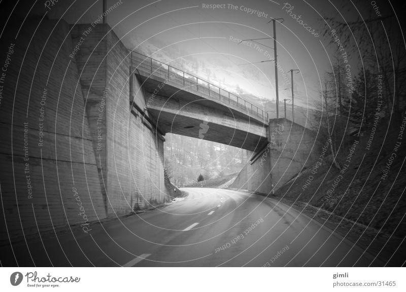 Tunnelblick Straße Verkehr Geschwindigkeit Perspektive Brücke Mobilität Unterführung