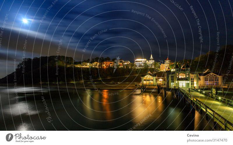 Sellin in der Nacht Deutschland Europa Ferien & Urlaub & Reisen Seebrücke Mond Mondschein Ostsee Rügen Langzeitbelichtung Warme Farbe Warmes Licht Klippe Brücke