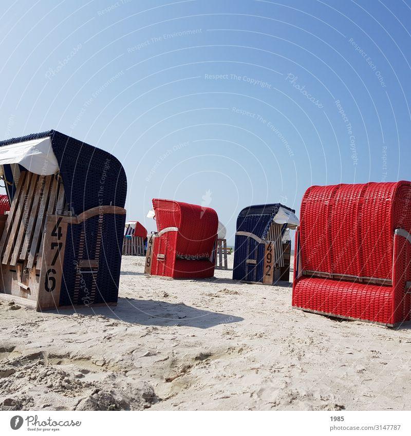 Strandkörbe Freizeit & Hobby Ferien & Urlaub & Reisen Ausflug Freiheit Sommer Sommerurlaub Sand Wolkenloser Himmel Nordsee Erholung genießen heiß hell blau