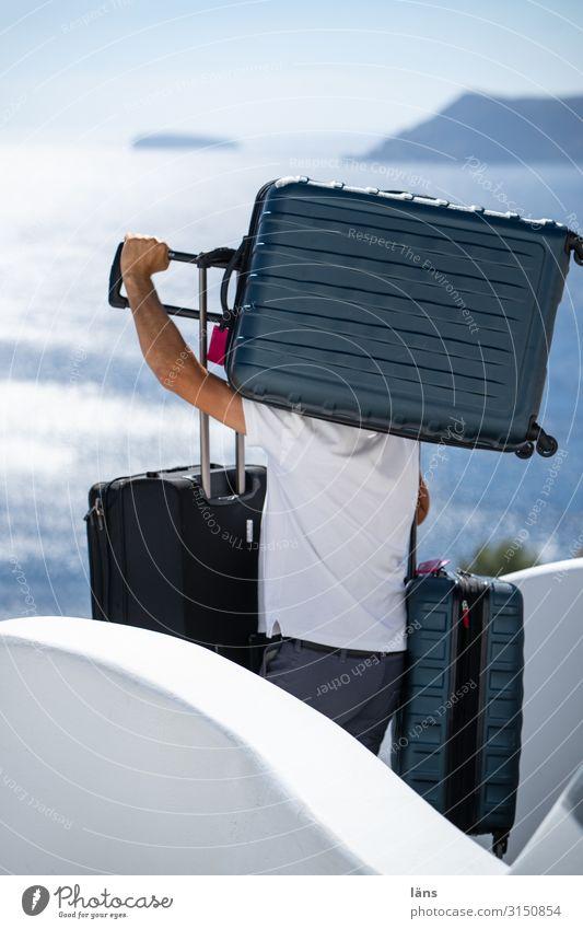 Koffertransport Güterverkehr & Logistik Mensch maskulin Mann Erwachsene Leben 1 Umwelt Natur Himmel Schönes Wetter Meer Mittelmeer Insel Santorin Kleinstadt