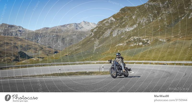 Scenic Ride Lifestyle Freude Freizeit & Hobby Motorradfahren Motorradfahrer Ferien & Urlaub & Reisen Ausflug Ferne Freiheit Berge u. Gebirge Mensch maskulin