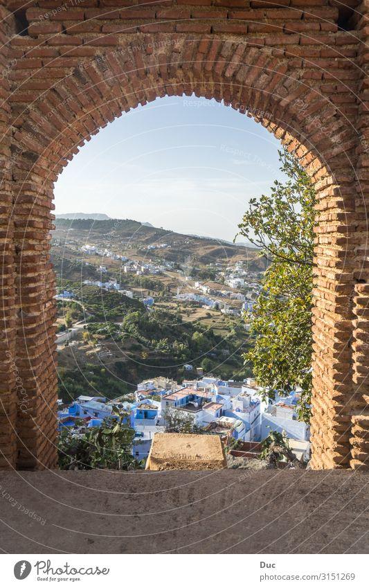 Gate to Morocco Architektur Natur Landschaft Sommer Schönes Wetter Dürre Hügel Berge u. Gebirge Rif Tal Chechaouen Marokko Afrika Dorf Stadt Stadtrand Skyline