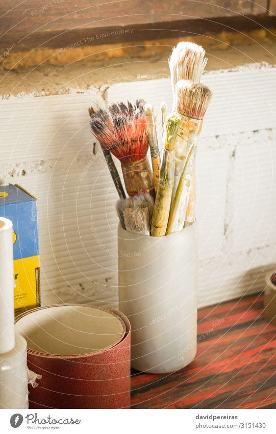 Satz Pinsel Design Werkzeug Kunst zeichnen dreckig gelb Farbe Acryl Künstler künstlerisch Bild Atelier Bürste Leinwand farbenfroh Zeichnung Farbstoff Gerät