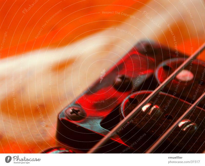 Rote Saiten Musikinstrument rot Dinge akustisch Tonabnehmer Klang Freizeit & Hobby Gitarre Makroaufnahme Freude