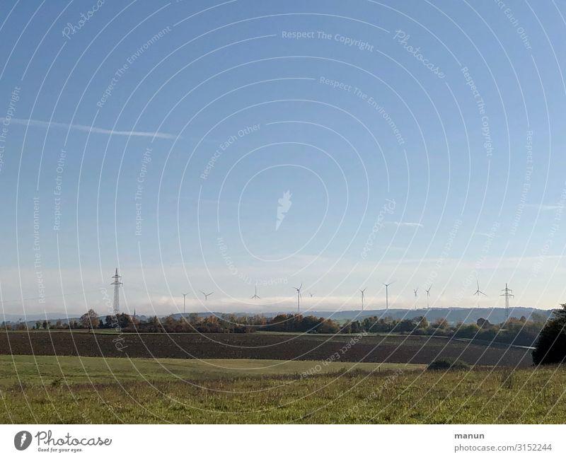 Energiefeld Technik & Technologie Energiewirtschaft Erneuerbare Energie Windkraftanlage Strommast Umwelt Natur Landschaft Klima Klimawandel Schönes Wetter Feld