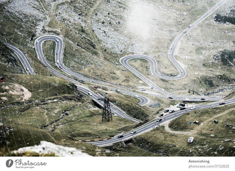 Transfagarasan 3 Umwelt Natur Wolken Wetter Gras Sträucher Moos Felsen Berge u. Gebirge Südkarpaten Karpaten Bach Rumänien Verkehr Straße Kurve Pass Fahrzeug