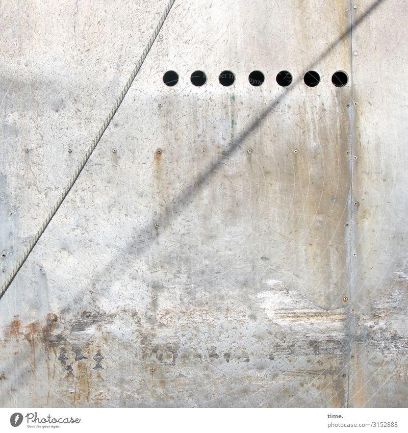 /°°°°°°° Mauer Wand Schifffahrt Seil Loch Stein Beton Linie hell trashig trist Partnerschaft Design entdecken Inspiration Kommunizieren Langeweile Ordnung