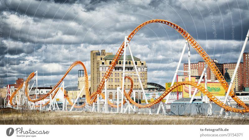Coney Island Curves Ferien & Urlaub & Reisen Tourismus Ausflug Sightseeing Städtereise Feste & Feiern Jahrmarkt Achterbahn Veranstaltung Himmel Wolken